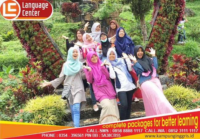 Saya Harap Bisa Kembali Belajar Lagi di sini Suatu Saat Nanti (Tri Cynthia Yupa from Riau)
